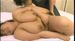 驚異のJカップ!巨乳熟女36歳の交尾