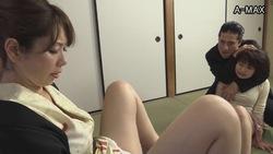 我的妻子Yakusa出路愤怒为了拯救被捕的女儿,即使她性交,帮派的母亲也在战斗!第02部分