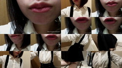 [Lips / mouth Fetish: self photograph kissing loli of beauty
