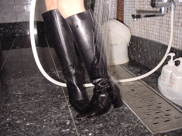 Wet&Messy Shoes画像集019