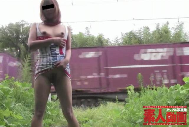 「この映像、日本中のスケベに視られるぞ」ドS夫による野外折檻・調教姿の公開で後戻りできないマゾ奴隷に墜ちた美人妻